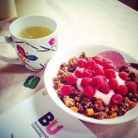 Green Tea, Honey Nut Granola, Dissertation // Instagram. 2015